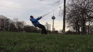 http://www.aerobis.com Suspended pulley trainers designed in Cologne Germany. http://www.aerobis.com Umlenkrollen...