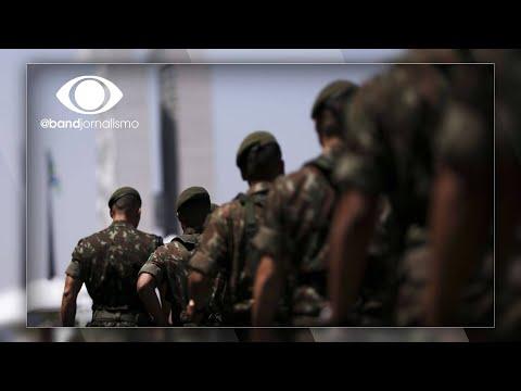 Comandantes do Exército, Marinha e Aeronáutica fazem reunião após troca na Defesa видео