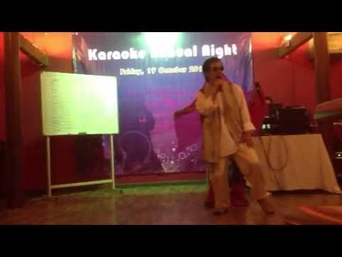 Video Mom and Dad doing 'Kush Kush Hota hai' download in MP3, 3GP, MP4, WEBM, AVI, FLV January 2017