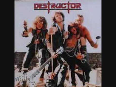 Tekst piosenki Destructor - Destructor po polsku
