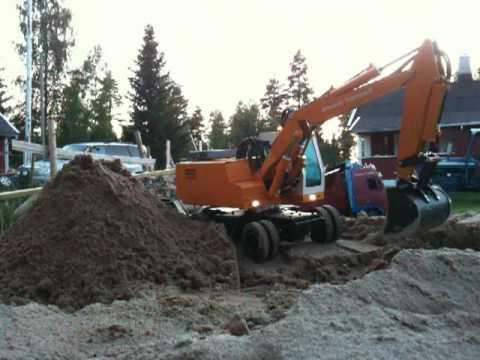 leimbach - Leimbach / Stal Mobilbagger digging.