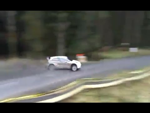 Jari-Matti Latvala almost crashing on SS2 Wales Rally GB ! On the limit with VW Polo WRC
