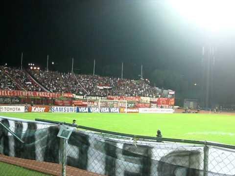 TIFO! Recibimiento al Caracas F.C Frente a la Catolica - Los Demonios Rojos - Caracas