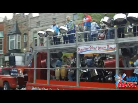 A video montage of the eighth and final day of activities during Tulip Time 2013, including the awarding of the People's Choice Poster Contest Award and the Muziekparade.
