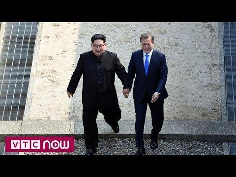 Kim Jong-un đi giày đế độn tại cuộc gặp liên Triều? | VTC1 - Thời lượng: 102 giây.