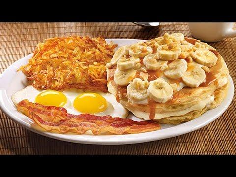 Denny's Salted Caramel & Banana Cream Pancake Breakfast Review - WE Shorts