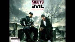 09-Royce Da 5′9″ Ft. Eminem - Loud Noises (Prod. by Mr. Porter) album Bad meets evil 2011.wmv