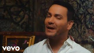 Video Víctor Manuelle - Mala y Peligrosa (Official Video) ft. Bad Bunny MP3, 3GP, MP4, WEBM, AVI, FLV Juli 2018