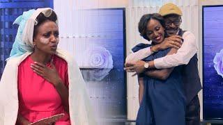 በፍቅር ጊዜ በአስፋዉ እና ራኬብ ልዩ አዝናኝ ጭዉዉት ከእሁድን በኢቢኤስ/Ehuden Be EBS Funny Drama With Asfaw & Rakeb