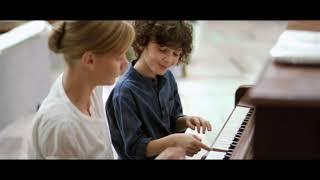 Nonton Brownian Movement   International Trailer Film Subtitle Indonesia Streaming Movie Download