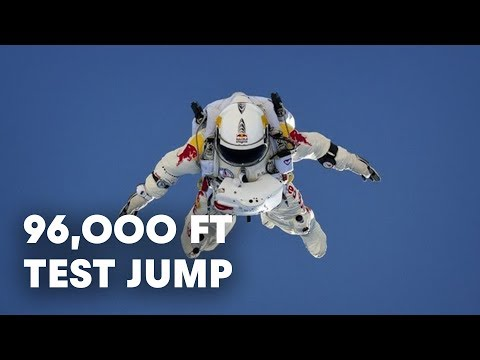 96,000 ft Test Jump Success - Red Bull Stratos 201296,000 ft Test Jump Success - Red Bull Stratos 2012