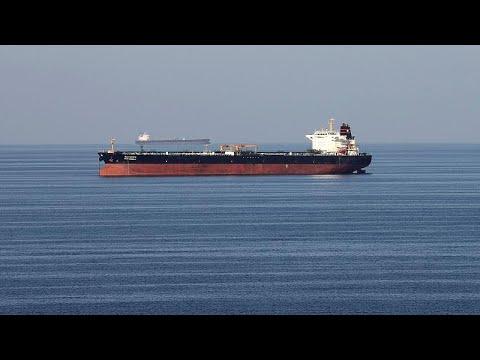 Δύο τάνκερ εκκενώθηκαν στη Θάλασσα του Ομάν