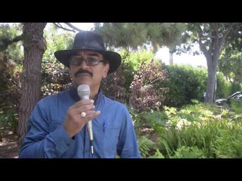 René Corado, El Lustrador con La Voz Del Inmigrante