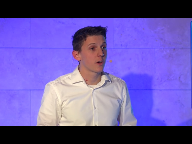 Generációk és a siker | Dezső Farkas | TEDxDanubia