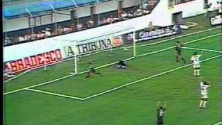 Esse foi o jogo de estréia de Juninho Pernambucano no Vasco. Vasco começa perdendo o jogo por 2 x 0 e vira para 5 x 3.