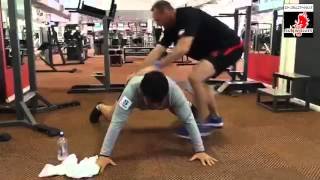 【ポイントは手足の指の力】ラグビーサンウルブズの体幹トレーニング