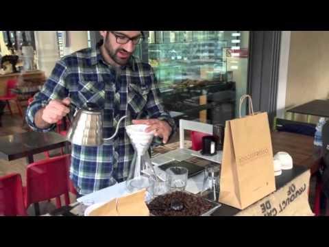 Preparare il caffè filtro con il metodo V60