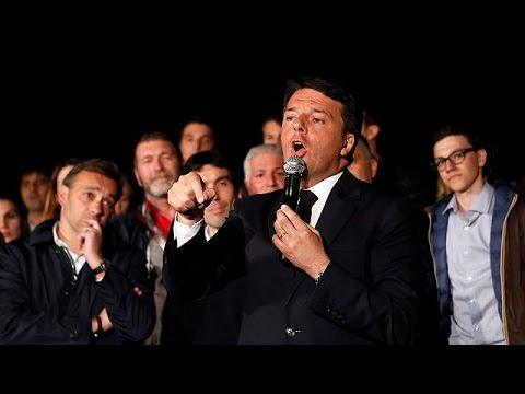 Ιταλία: Στην ηγεσία του Δημοκρατικού κόμματος επέστρεψε πανηγυρικά ο Ματέο Ρέντσι