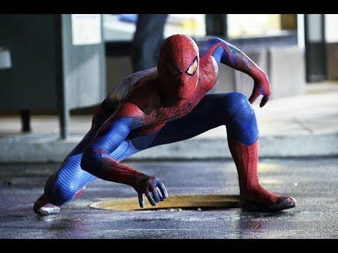 Spider Man collects T shirt and shorts - Спайдермен собирает футболки и трусы видео