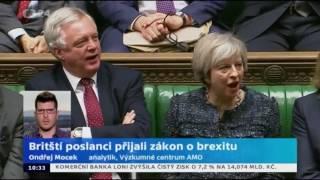 Britští poslanci přijali zákon o brexitu