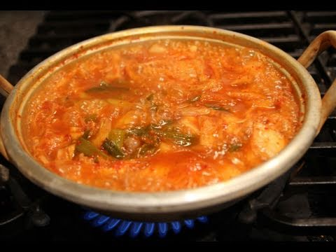 Korean Recipe: How to Make Kimchi Pork and Tofu Stew with a Bean Sprout Salad – Kimchi Chigae