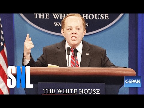 Melissa McCarthy Returns to Saturday Night Live to Hilariously Spoof Sean Spicey Spicer for a Third