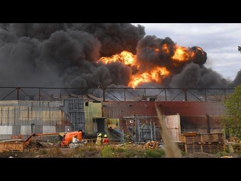 Australien: Hoch entzündliches Aceton verursacht Flammenm ...