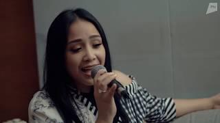 "Video Nino & Nagita - ""Benar Nyata"" (Acoustic Version) MP3, 3GP, MP4, WEBM, AVI, FLV September 2018"
