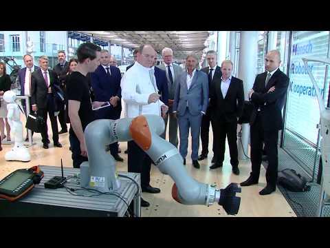 H.S.H. Prince Albert II: A visit to the Volkswagen factory in Dresden