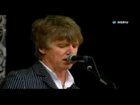 Crowded House - Glastonbury 2008 - Don't Dream It's Over