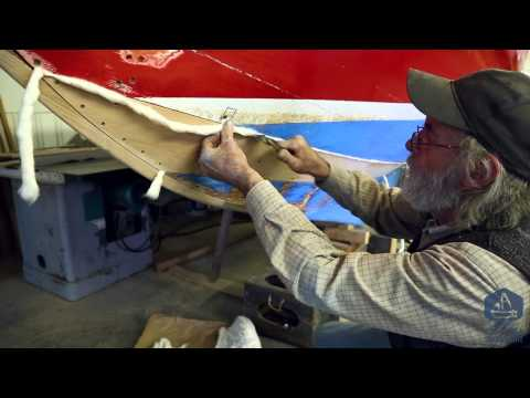 How to properly caulk tight seams for wooden boatbuilding