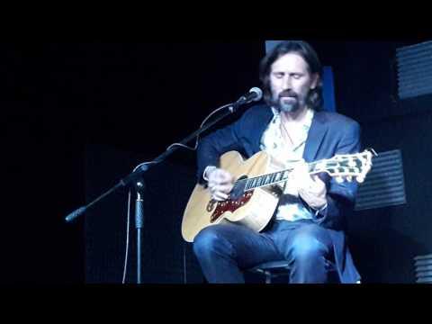 , title : 'Cristiano Godano _ Ti giro intorno / Stato d'animo @ Sound Music Club - Frattamaggiore _ 28-10-2016'