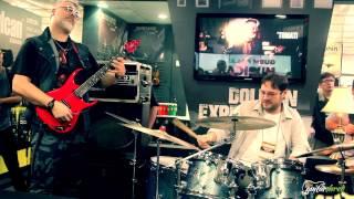 Tomati dando show na Expomusic 2014