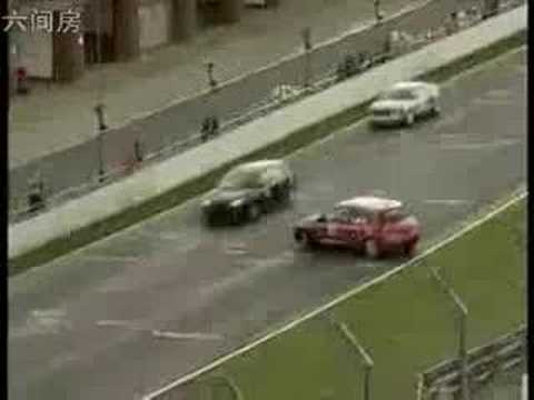真人真事-全球最離奇車禍(注意第37秒)