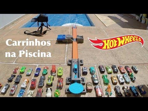 Hot Wheels Desafio Booster Boia na Piscina - Carrinhos de Brinquedos
