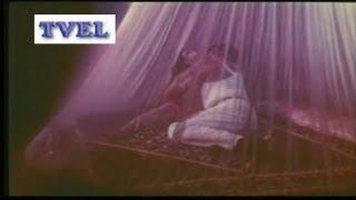 hot bed seen from b grade indian hindi movie pyar ki masti