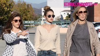Video Gigi Hadid Has Lunch With Family & Hits The Nail Salon In Beverly Hills 11.17.15 MP3, 3GP, MP4, WEBM, AVI, FLV September 2017