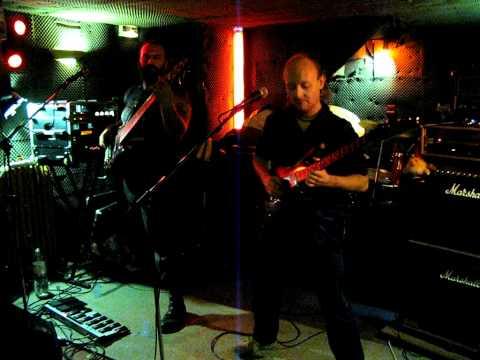 Weirdland - The Last of the Dragonmen online metal music video by WEIRDLAND