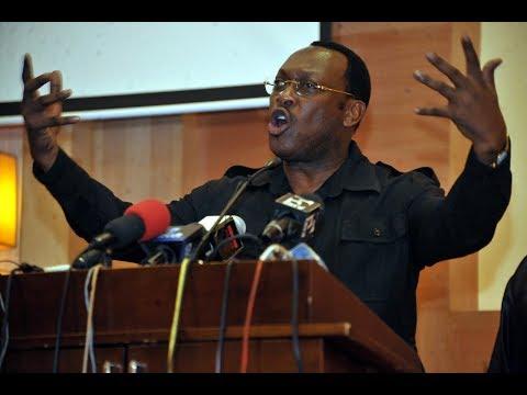 GLOBAL HABARI: Mbowe Ang'aka Polisi Kuwazuia Kuzungumza Mahakamani