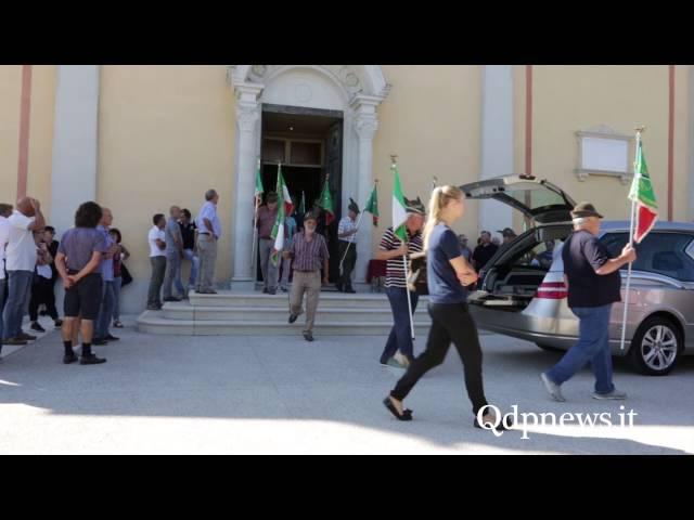 San Pietro di Feletto, 04/08/2016 - Chiesa gremita per l'addio a Mike De Pizzol