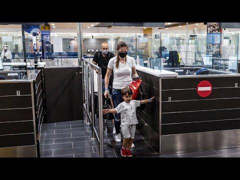 Κύπρος: Επαναλειτουργούν σήμερα τα αεροδρόμια Λάρνακας και Πάφου – Τι είναι το Cyprus Flight Pass…