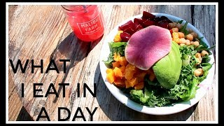 All the amazing healthy, plant-based food I ate in a day in Los AngelesSUBSCRIBE http://bit.ly/1iRMKtw Pre-Order Eat Smart in the US! http://amzn.to/2sZXH44EAT SMART USEat Smart is now finally available to pre-order in the US on Amazon and Barnes & Noble!! It will officially launch on August 1st #EatSmartPre-Order on Amazon US - http://amzn.to/2sZXH44Pre-Order on Barnes & Noble - http://bit.ly/2uh9LNPEAT SMART UKAMAZON http://smarturl.it/eat-smartWHSMITH http://bit.ly/2axg33sWATERSTONES http://smarturl.it/eatsmart-waterstonesiBOOKS http://smarturl.it/eat-smart-ibookAUS & NZ http://smarturl.it/eatsmart-anzSOCIAL MEDIABLOG / http://www.niomismart.com/TWITTER / https://twitter.com/niomismartINSTAGRAM / https://www.instagram.com/niomismart/FACEBOOK / https://www.facebook.com/NiomiSmart/SNAPCHAT / niomismartPINTEREST / https://uk.pinterest.com/niomismart/SourcedBoxhttp://www.sourcedbox.comDISCLAIMERThis video is not sponsored. All opinions are my own.Thank you for watching!