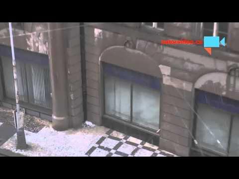 Déšť na Senovážném náměstí v Praze