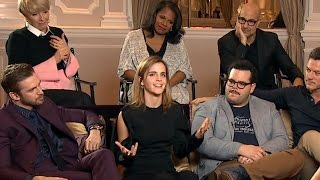 Video Cast of live-action 'Beauty and the Beast' dish on playing classic characters | ABC News MP3, 3GP, MP4, WEBM, AVI, FLV Oktober 2017