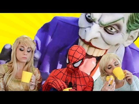 Elsa, Aurora and Spiderman Meet for Tea - Superhero Friends & Villains