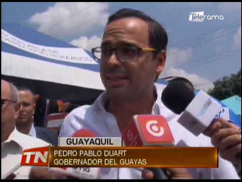 Gobernador del Guayas acudió al evento Pintate para prevenir cáncer de mama