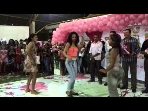 Lagoa Grande do Maranhão- Mães dançando em festa de comemoração ao dia das mães