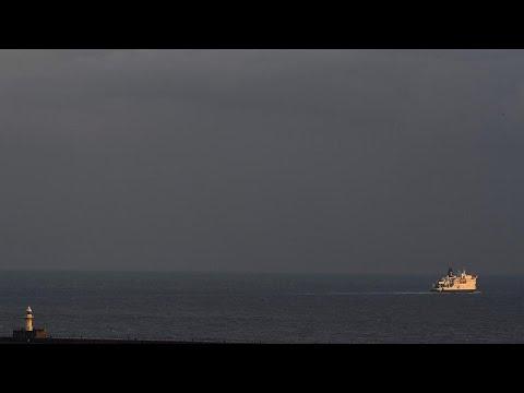 100 εκατ. στερλίνες για άτακτο Brexit στα λιμάνια