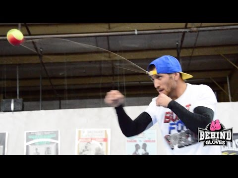 VASYL LOMACHENKO SHOWS FREAKISH ACCURACY WITH THIS COOL TENNIS BALL TECHNIQUE!