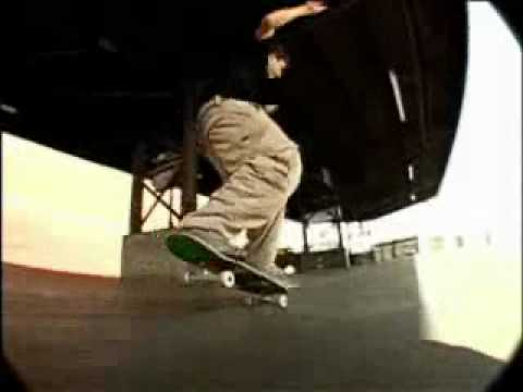 Rodney Mullen - Sick Skateboarding Tricks.mp4 (видео)